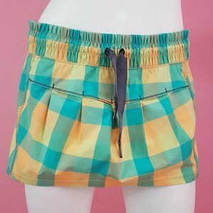 Lululemon Leader of the Track Skirt Sz 8 Plaid